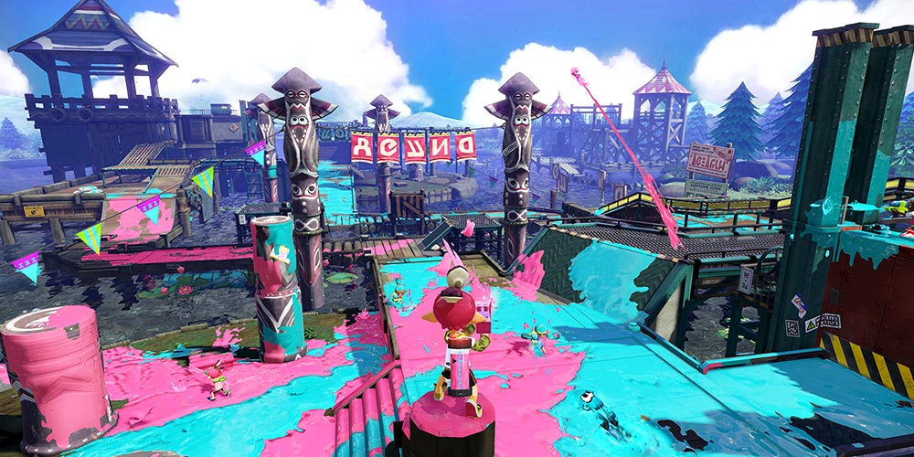 Splatoon is an important Wii U title that I did not end up trying, sadly. It's notable for being one of Nintendo's first new franchises in years and an online focused one at that. It's just a shame that such an obviously unique game keeps such small company.